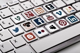 İnternet Ortamındaki Hakaretler İçin Ceza Avukatı ile Dava Açılır Mi?