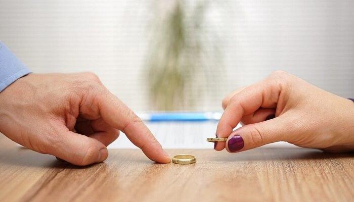 Boşanma Avukatı Soru Sor-Av Naci Özkan